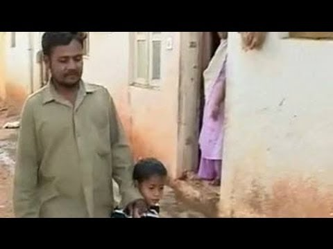 Award winning artist of 'Salaam Bombay', now lives in a slum in Bangalore (Aired: Feb 2009)