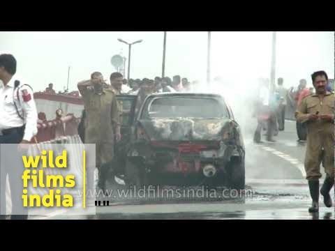 Car accident and fire on a flyover in Delhi