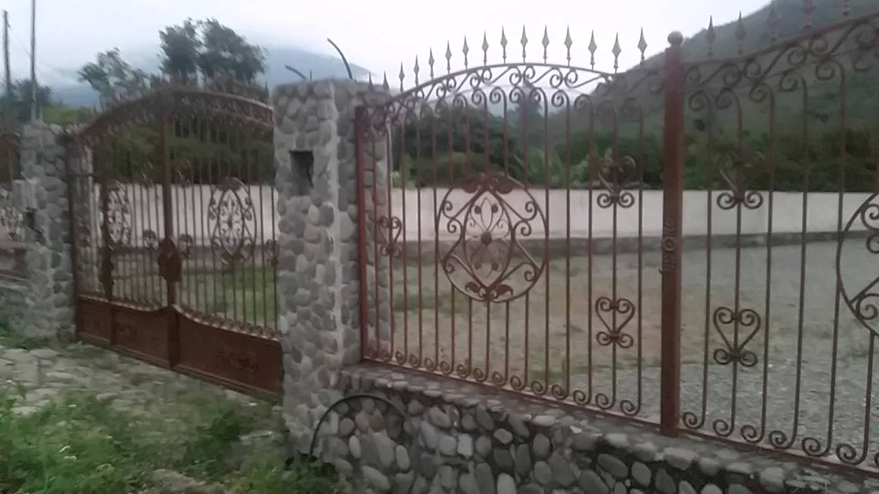 Cerramientos en hierro forjado youtube for Cerramientos de jardines fotos