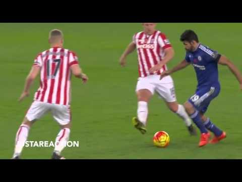 Video Diego Costa chê Shawcross có mùi 039;hôi nách khó chịu