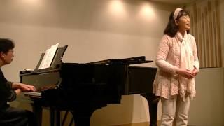 笹山晶子 Akiko Sasayama (Soprano) 飯塚幸穂 Sachiho Iizuka (Piano) ...
