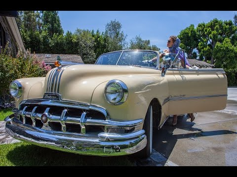 1950 Pontiac Chieftain -  Moon Mashup