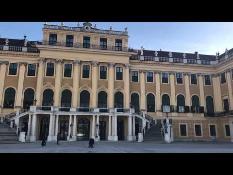 Schloss Schönbrunn Palace Park Wien in 4K