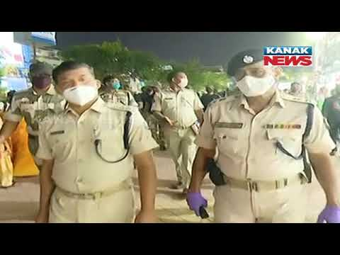 Bhubaneswar: Flag March At Market Building By Commissionerate Police