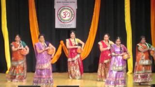 Snehal Sayare & Group - Woh Kisna Hai