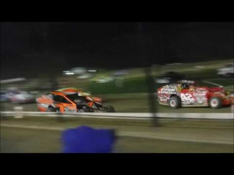 "Brewerton Speedway - October 6, 2016 - 358 Modified ""Hurricane 100"""