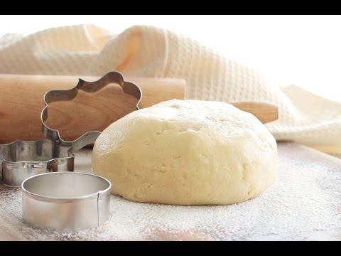 Приготовить Тесто Песочное  на сметане. За 5 минут Для пирога,печенья,корзиночек онлайн видео