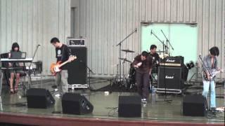 2011年8月13日 上野恩賜公園水上音楽堂にて6曲目に演奏。