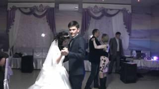 Эльвира Шейх поет на свадьбе.Живой звук.https://vk.com/club56796428