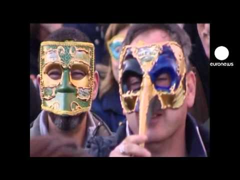 euronews le mag - The Venice Carnival masks
