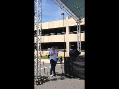 Huntersville, NC Mayor introducing the new Huntersville Music Academy