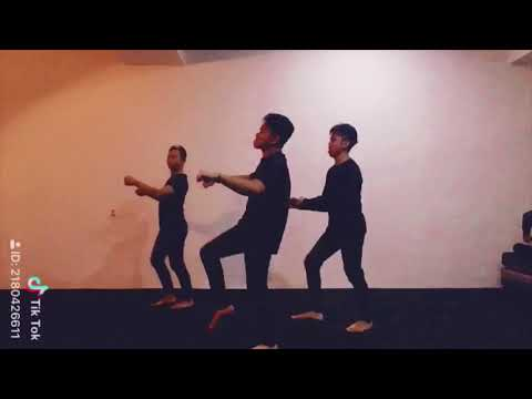 Fivelous - Ulat Bulu Dance