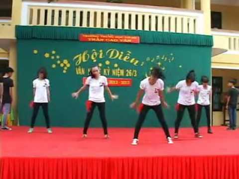 Nhảy hiện đại: Cry Cry - Lớp 9/8 Trần Cao Vân (Huế)