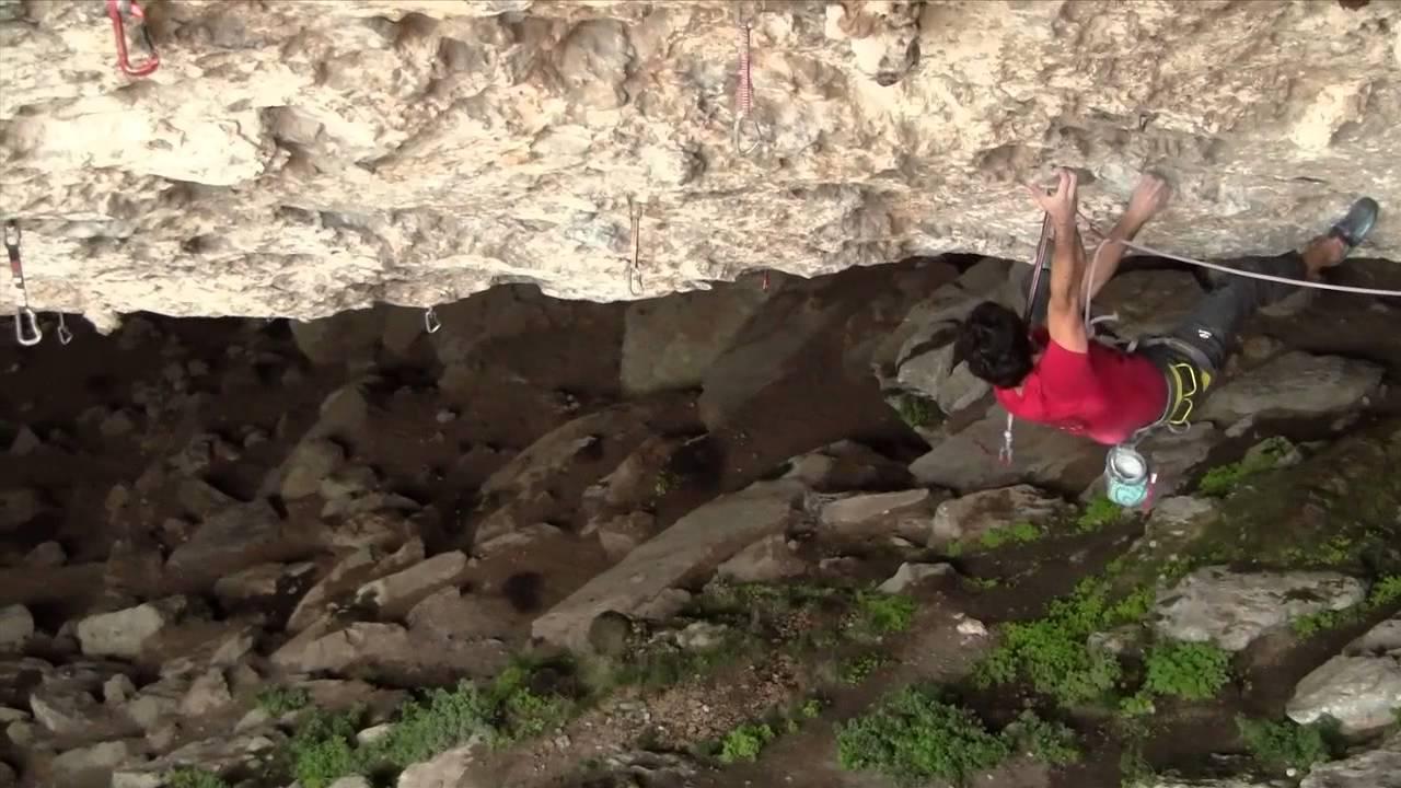 Ander Lasagabaster escalando 'Il Domani', 9a