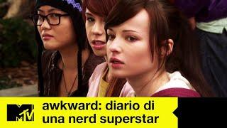 Awkward: Diario Di Una Nerd Superstar   Stagione 1   Episodio 2 (completo)   Incubo tettine
