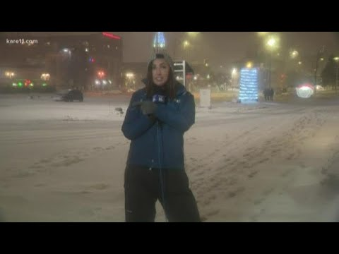 Heavy Snow Falling In Duluth
