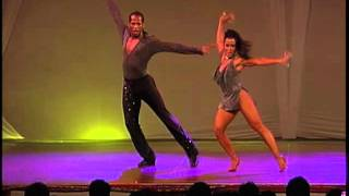 Jhesus Aponte & Stracy Diaz,
