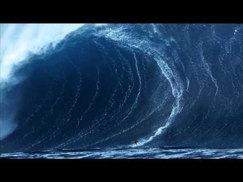 Les Plus Grosses Vagues Surf 233 Es Au Monde Youtube