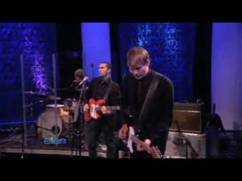 Pete Yorn & Scarlett Johansson's Exclusive Performance