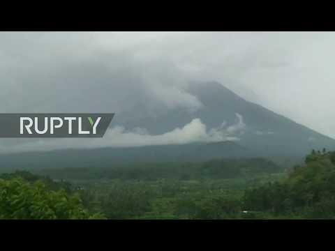 LIVE: Bali's Mount Agung erupting volcano