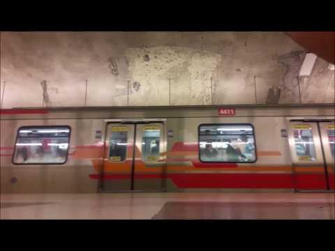 Trenes AS-02 en Metro Plaza de Puente Alto