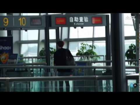 Fancam 120902 Lay @ Changsha Airport