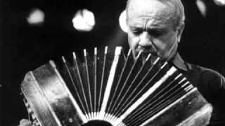Vuelvo al Sur (solo de bandoneón) - Astor Piazzolla.
