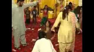 Pakistani Mehndi Dance Party   Video