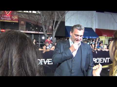 "Ray Stevenson does a ""Valley Girl"" accent at the Divergent Premiere wait for it!"