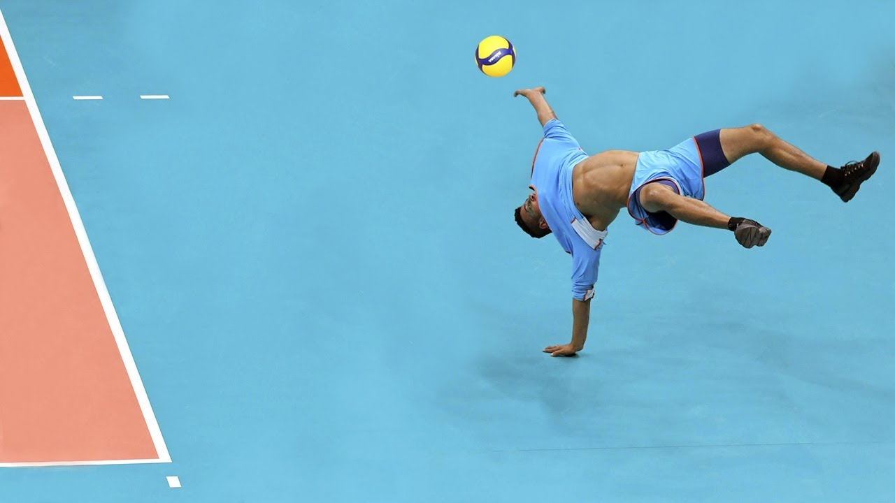 Acrobatic Volleyball Saves
