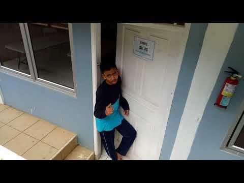 LA ROYBA ISLAMIC SCHOOL BERPENDAPAT TENTANG TBC.. AYO TOSS TB