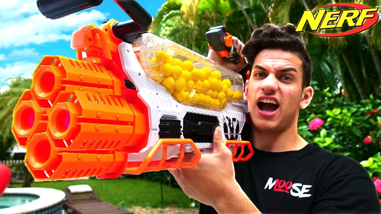 Nerf War World S Best Nerf Gun 300 Round Nerf Machine