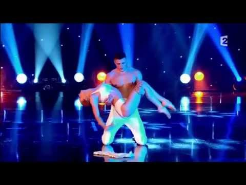 Duo IN ART - Hand to Hand - Le Plus Grand Cabaret Du Monde 2014