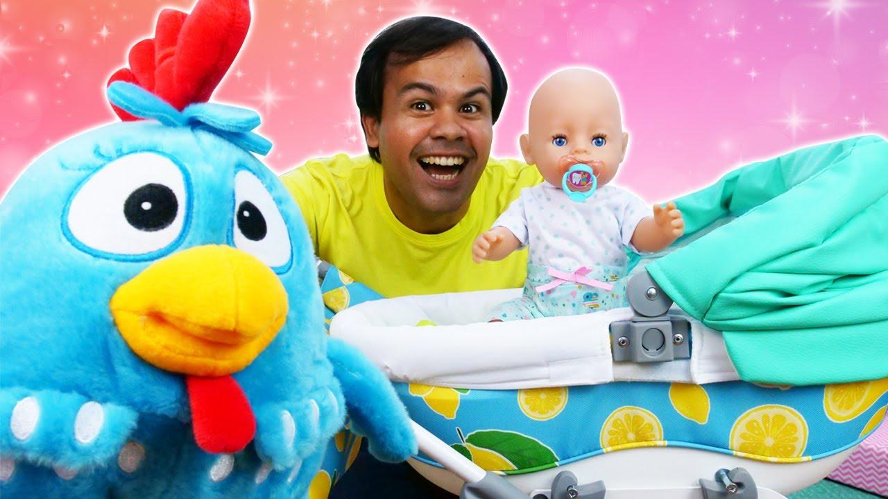 Ganhamos um novo carrinho de bebê para passear! Aprendendo a ser papai com a Galinha Pintadinha