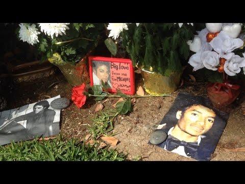 TDW 1358 - The Grave of Michael Jackson