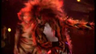 Macavity's Escape - HD, from Cats the Musical - the film