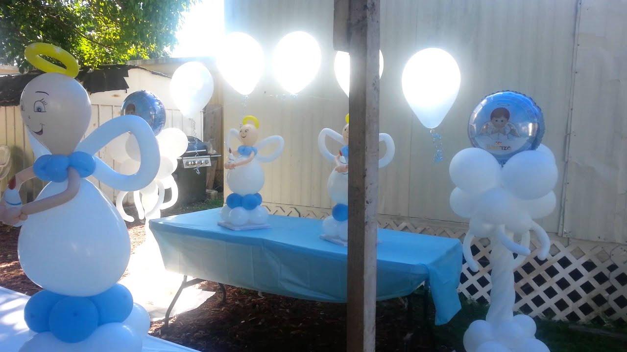Decoración para bautizo con globos para niño