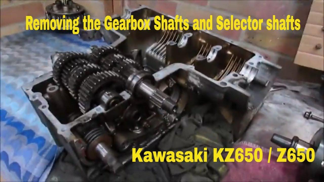 Kawasaki KZ650/Z650 B1 1977 - Engine Disassembly - Part 12