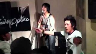 2011年、4月2日に高知市のクラブ 「ダリア」にて、開催されたイベントに...