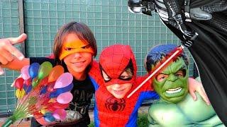 Spiderman, Hulk ve Ninja kaplumbağanın pizza macerası