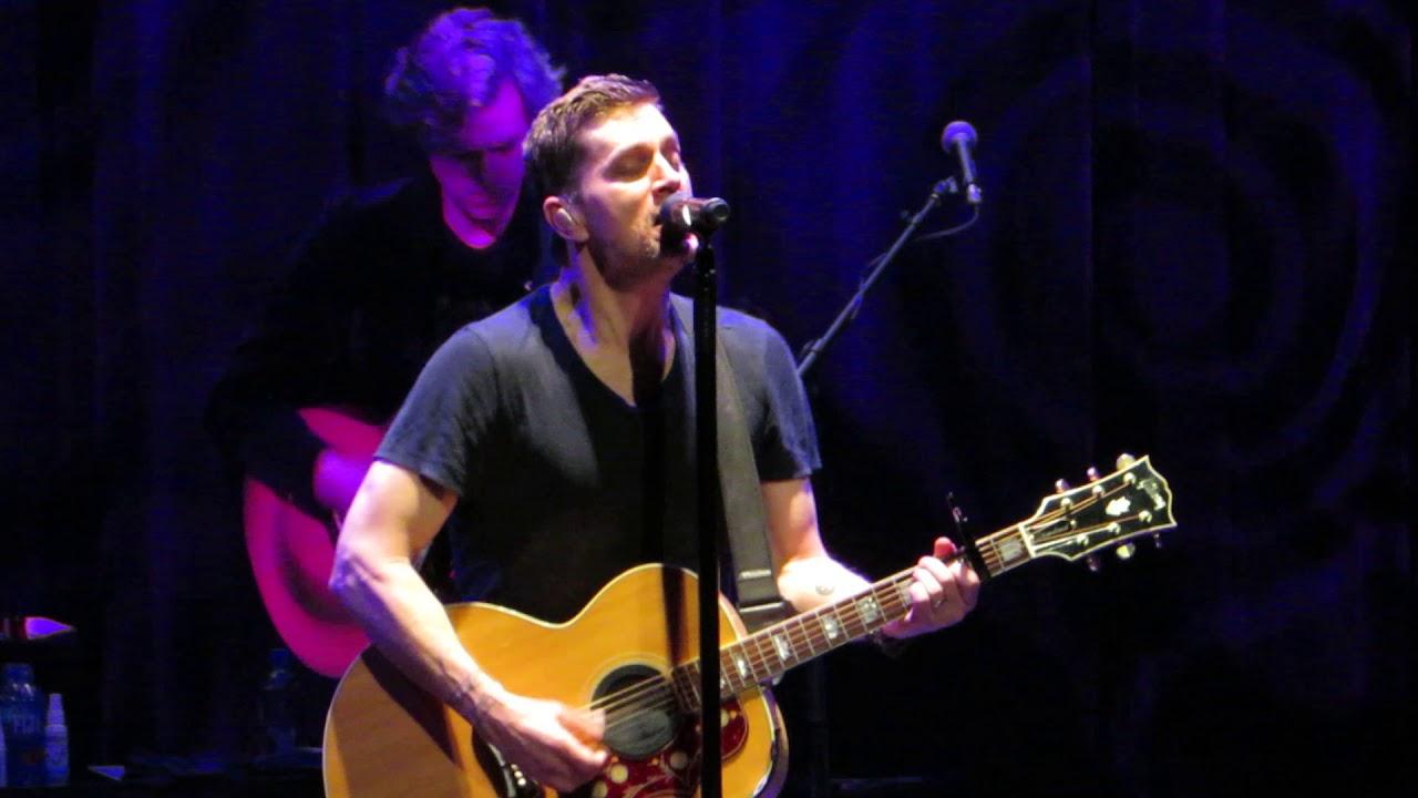 """Download Rob Thomas """"Lonely No More"""" Live at The Borgata Music Box"""