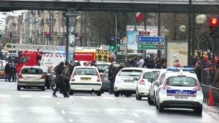 Toma de rehenes y tiroteo en el este de París