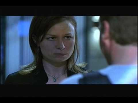 Kiefer Sutherland on Mary Lynn Rajskub Jack and Chloe