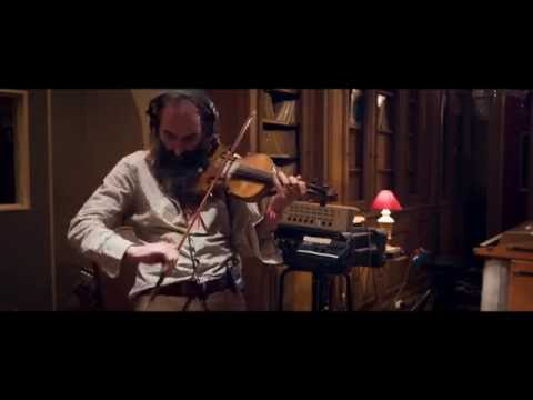 Warren Ellis playing violin - Outtake from 20 000 Days on Earth (2014)