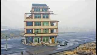 Ház az autópályán (Kína) / Motorway built around house in China