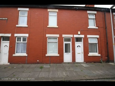 2 Bedroom House For Rent in Blackpool, Blackpool, Blackpool FY3 7BT, UK for GBP 500...
