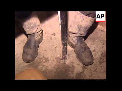 RUSSIA: CHECHNYA: CHECHEN SOLDIER DESERTS