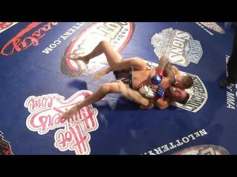 DCS 28   Ryan MacDonald vs Chad Obermiller
