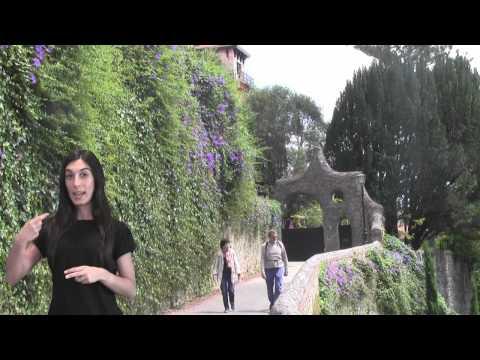 Puerta de los Pájaros de Gaudí