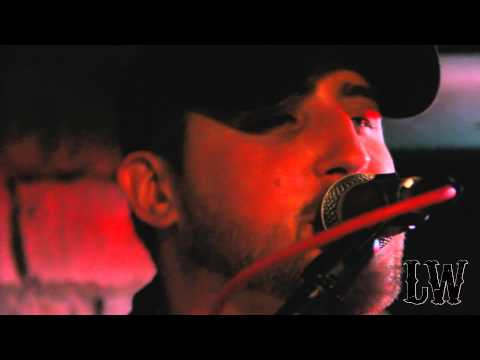 Larry Williams Live! Luke Bryan - Country Girl (Shake It For Me) Acoustic Cover